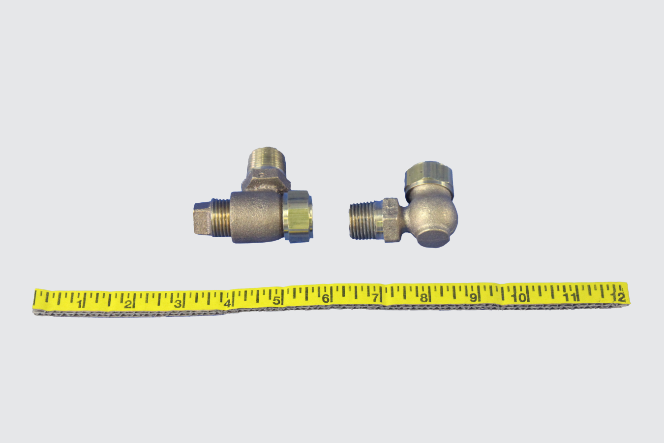 36860468-FITTING, SIGHT GLASS SOLD IN A PAIR